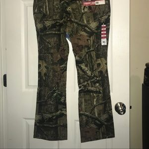 Mossy Oak Pants - 2 pair Stretch camo pant- Size 14